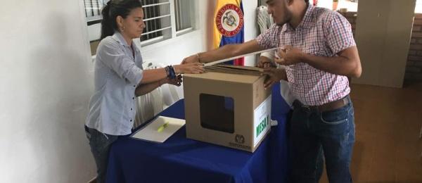 Inició la jornada electoral presidencial 2018 para la segunda vuelta en el Consulado de Colombia en El Amparo